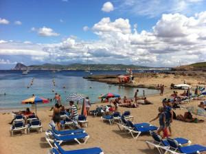 Vy från Cala Bassa Beach Club