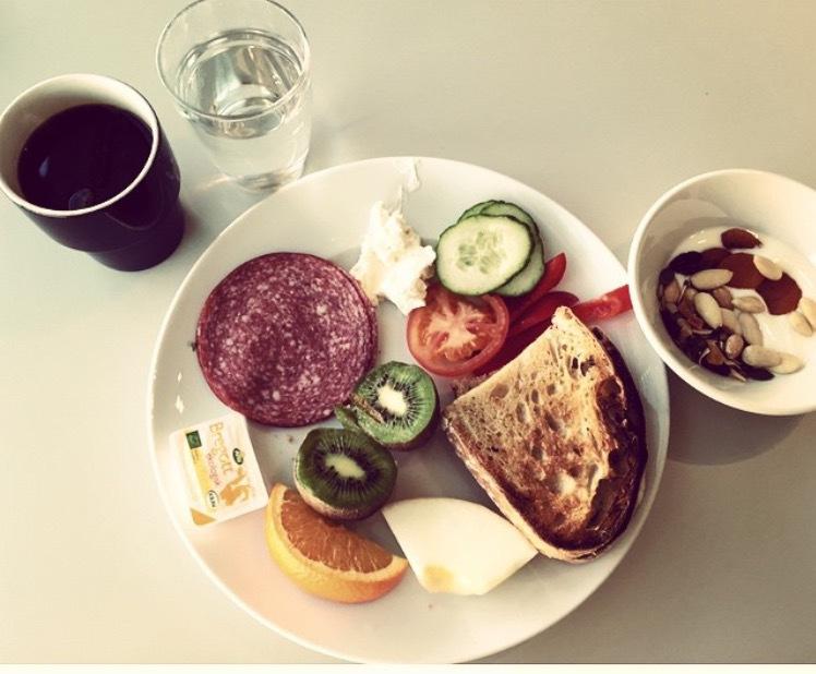 Trött frukost på Gothia (än med förskönande filter!).