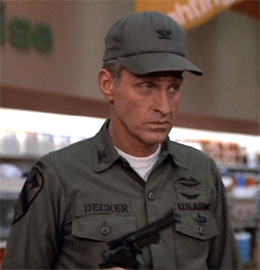 Colonel_Decker_Lance_LeGault_2