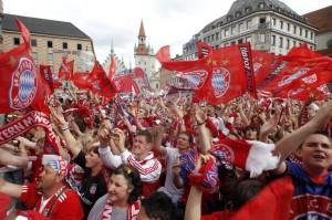 Bayern_Fans-1500x1001-1024x682