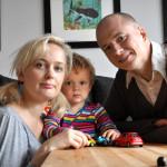 Johanna Ögren lämnade stressen i Stockholm och tog med sig familjen till Vittangi utanför Kiruna.
