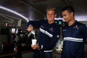 Marcus Ericsson (SWE), Sauber F1 Team. Pascal Wehrlein (D), Sauber F1 Team. Albert Park Circuit.