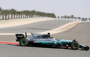 Mercedes-Honda's British driver Lewis Hamilton steers his Formula One during a practice session ahead of the Formula One Bahrain Grand Prix at the Sakhir circuit in the desert south of the Bahraini capital, Manama, on April 14, 2017. The Formula One season continues with the Bahrain Grand Prix on April 16, 2017. / AFP PHOTO / KARIM SAHIB