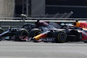 Lewis Hamilton och Max Verstappen
