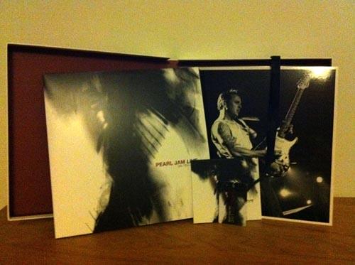 "Pearl Jam ""Live - on ten legs"""