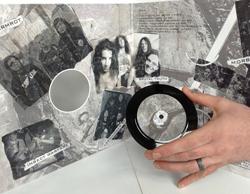 """Så här """"stor"""" är vinylutgåvan."""