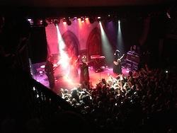 Ghost på scen i Brooklyn – rakt igenom awesome.