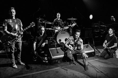 Grungeveteranerna står redo att släppa lös album nummer tio.