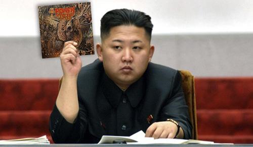 Kim Jong Un-nar sig lite Texasthrash i novembermörkret.