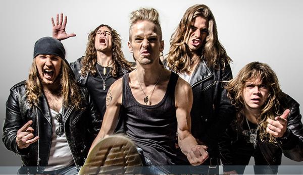 """Ett avslöjande som lämnas i låten """"Inferno"""": Den här gruppen gillar gärna att göra saker på egen hand. Om ni förstår. Foto: Gustaf Sandholm Andersson"""