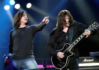 Joey Tempest och John Norum fick inte till någon superglöd på comebackspelningen 2004. (Foto: Rickard Nilsson)