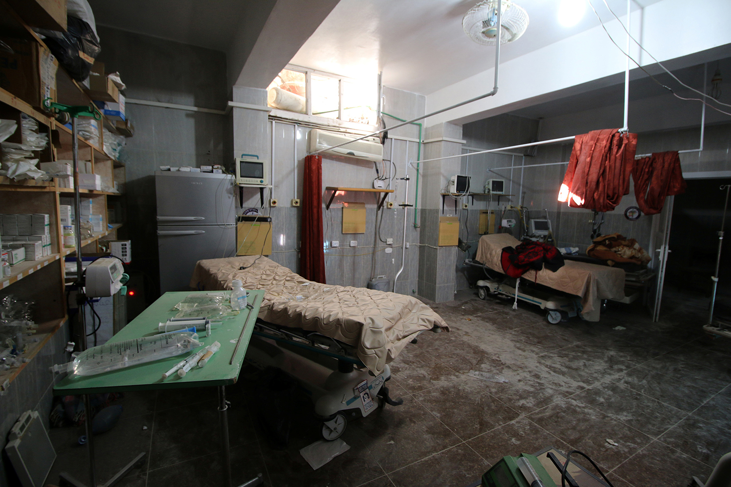 ALEPPO 2016-10-01 An empty room at a damaged field hospital is seen after airstrikes in a rebel held area in Aleppo, Syria October 1, 2016. REUTERS/Abdalrhman Ismail Photo: / REUTERS / TT / kod 72000