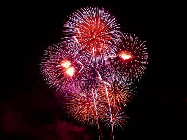 fireworks-1758_640