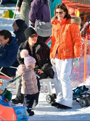 https://bloggar.aftonbladet.se/hovbloggen/files/2014/01/Skarmavbild-2014-01-01-kl.-17.03.26.png