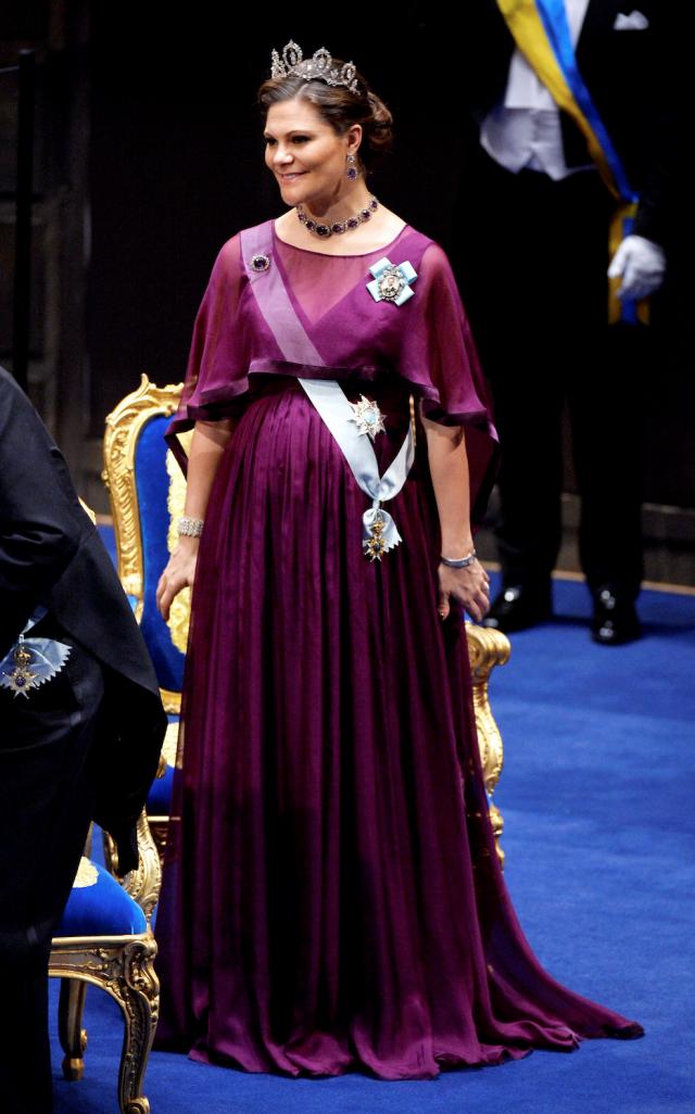 e6d3063836ce Kronprinsessan Victorias alla nobelklänningar   Hovbloggen