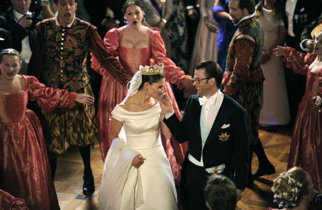 b7c68e5c79ab Grattis på bröllopsdagen Victoria och Daniel – bästa bilderna