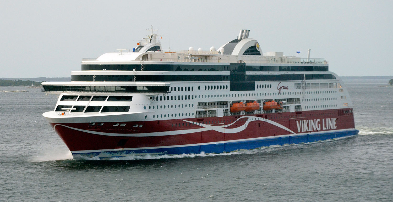 Viking Grace är också 218 meter lång.