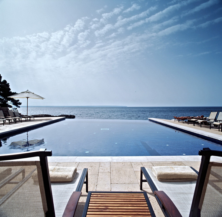 680.09maricel-piscina-3