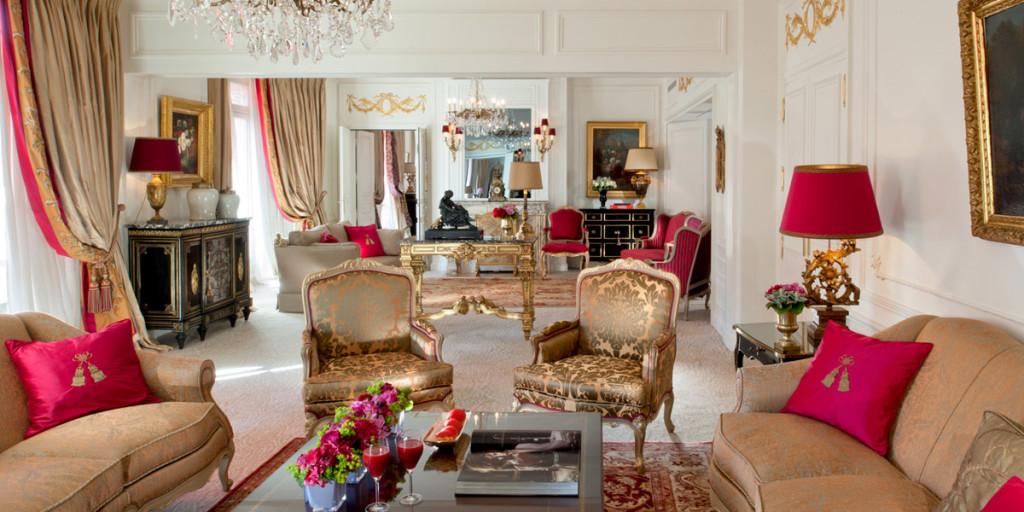 Royal-Suite-Living-room-HR-(c)-de-Laubier-1