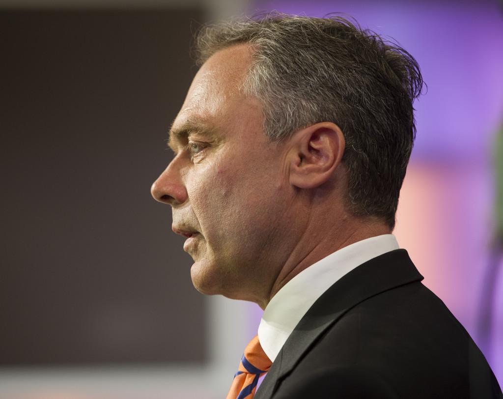 Utbildningsminister Jan Björklund vill inte kommentera att lagen han införde knappt används.  Foto : Jonas Bilberg