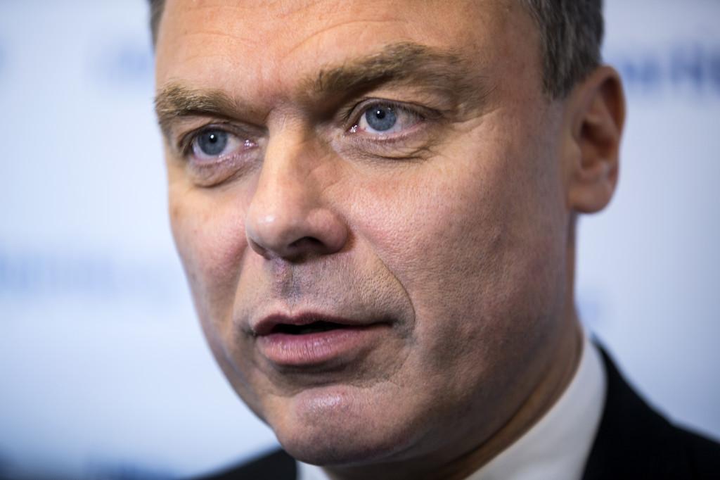 Utbildningsministern tycker att kommunerna och skolledningarna är flata.  Foto: Niclas Hammarström