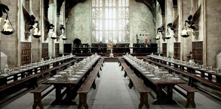 Hogwarts stora sal - ett perfekt ställe för en enorm julmiddag. Foto: Från Evening Standard.