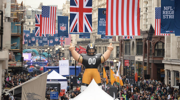 NFL-yra på Regent Street. Foto: Från TimeOut London.
