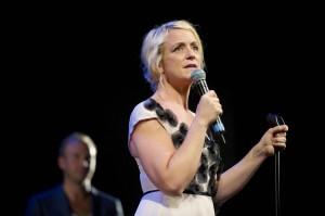 Karin Adelsköld som ska humorcoacha Reinfeldt. Foto: Magnus Liam Karlsson.