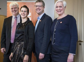 Partisekreterarna Michael Arthursson (C) Nina Larsson (FP), Kent Persson (M) och Acko Ankarberg (KD).