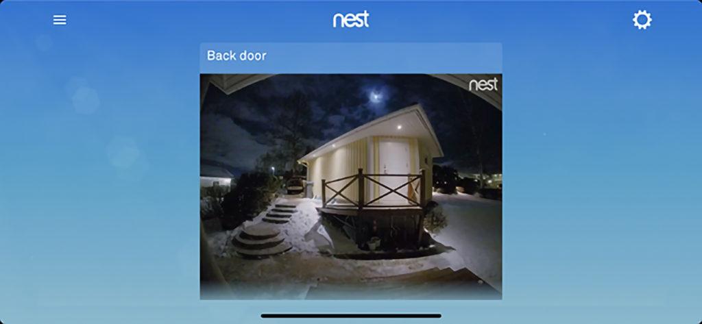 Smarta säkerhetsprodukter som Nests kombinerade kamera och dörrklocka med mikrofon och högtalare, driver efterfrågan.