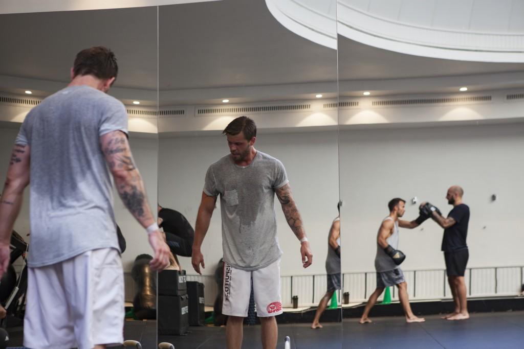 För att bli en duktig kampsportare måste du andas. För att andas måste du ha kondition.