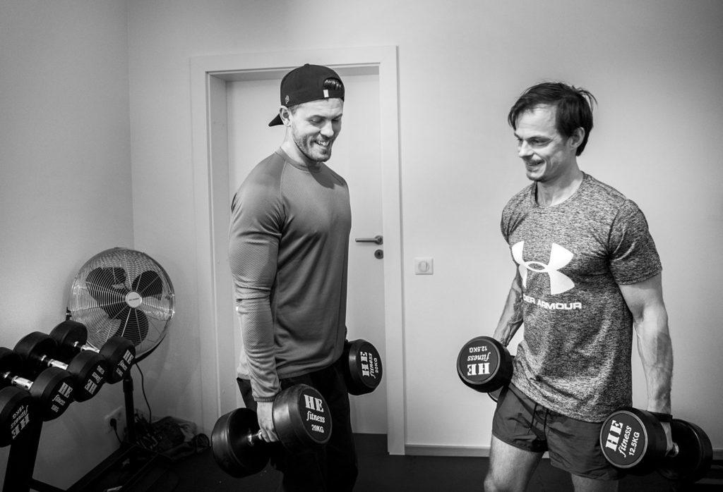"""För att """"träning"""" ska kunna bli något du ämnar fortsätta med resten av livet måste den tillåtas vara rolig. Skratta!"""