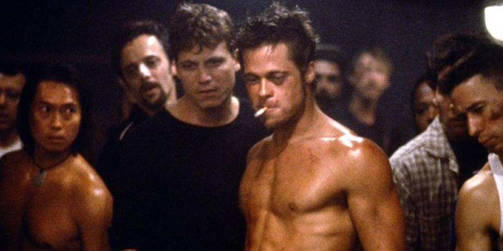 """Brad Pitt's stenhårda fysik från filmen """"Fight Club"""" har under de senaste decenniet varit en träningsmässig målbild för många. Bild lånad från brittiska esquire.co.uk"""