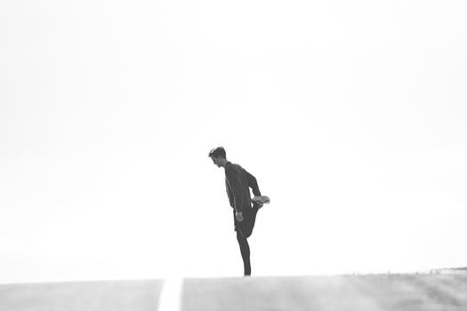 Är du en av de som anser att löpning endast är passande om du blir jagad? Låt då löpbandet stå och samla damm - kör istället dessa fyra, minst lika effektiva, övningar.