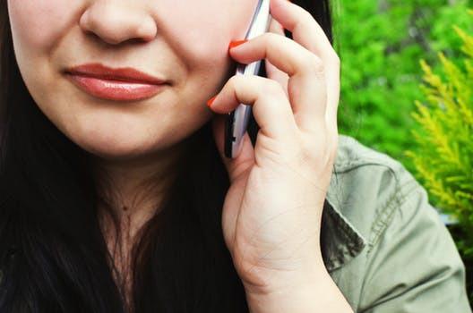 För din egen säkerhet - träna mer eller låt telefonen förbli i fickan nästa gång du skall passera en trafikerad väg.