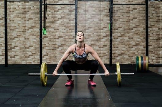 Trött på trötta resultat? Chocka kroppen med ett styrkepass bärande viktväst!
