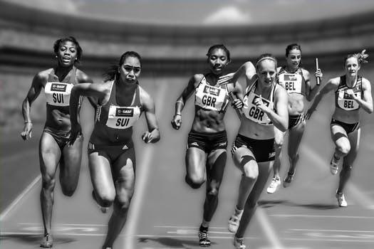 Lägg allt vad lunkande löpturer heter åt sidan och våga pressa upp kroppen i snabba små rusher!