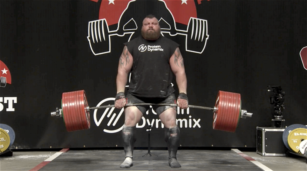 Eddie Hall med sina ödmjuka 500 kg. Bild lånad av FloElite.