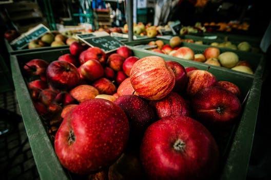 Nyttja säsongens äppleskörd och maxa mellanmålsintaget på en och samma gång. WinWin!
