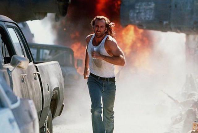 Mr. Cage hade koll på sina hspu-s redan 1997. Bild lånad från: craveonline.com