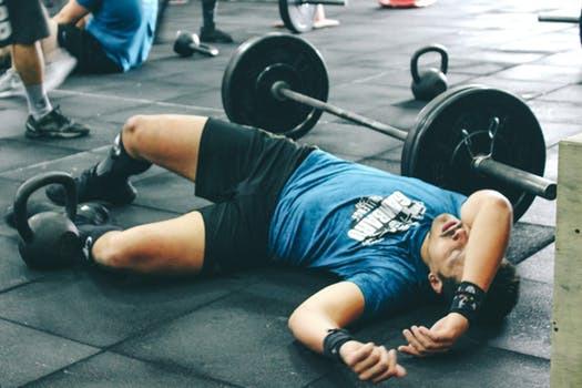 Trött på att vara trött? Genomför dina träningsrutiner utomhus och pressa kroppen utanför dess invanda komfortzoner.