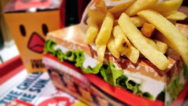 Skippa hamburgemealet under kvällstimmarna. Din mage kommer tacka dig!