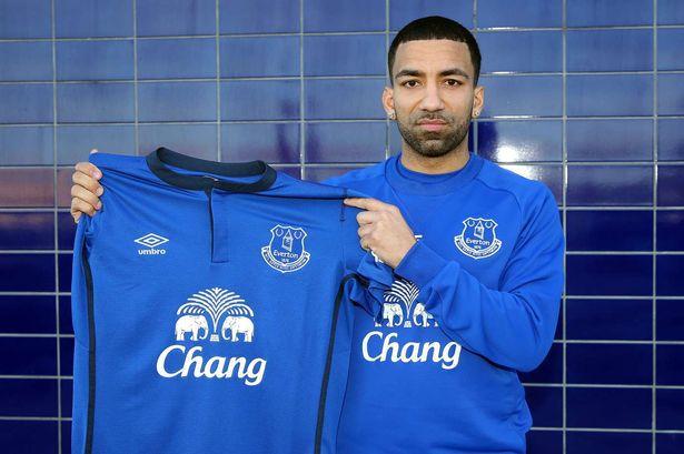 Burnley och Everton överens om Lennon