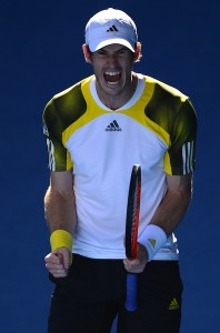 Andy Murray möter Federer i semifinalen. FOTO: AFP