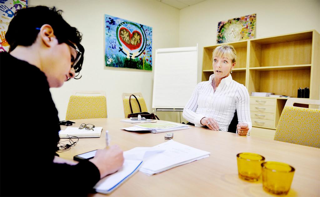 Aftonbladets reporter och Eola Änggård Runsten. Foto: Andreas Bardell